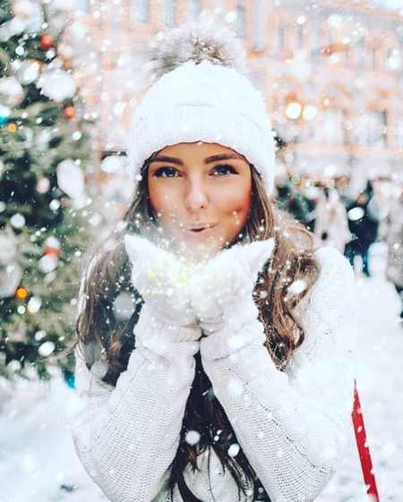 عکس دختر تنها در زمستان