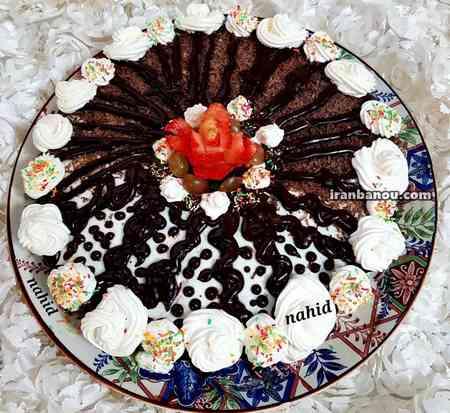کیک دو رنگ