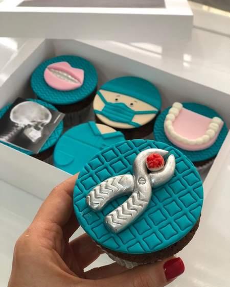 کاپ کیک روز دندانپزشک