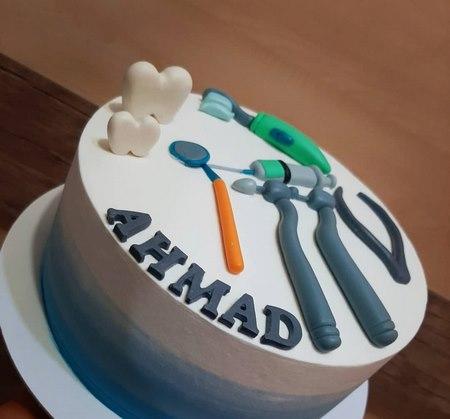 کیک تولد دندانپزشکی