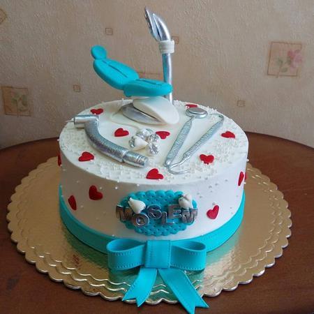 کیک روز دندانپزشک مبارک