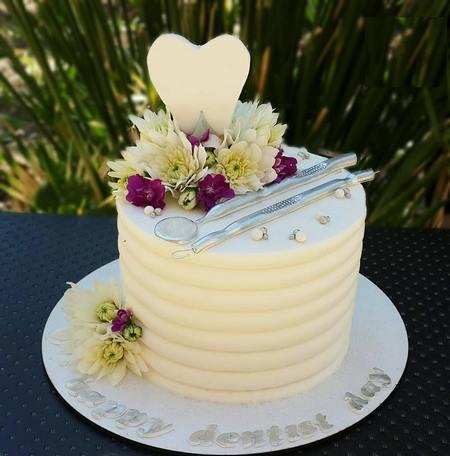 کیک تولد دکتر دندانپزشک