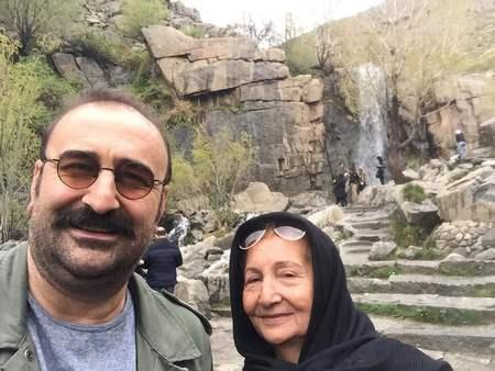 مهران احمدی ومادرش