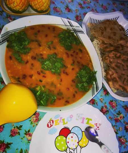 تزیین سوپ جو با جعفری
