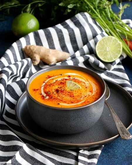 تزیین سوپ خامه