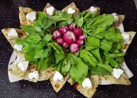 اموزش رولت نون و پنیر و سبزی