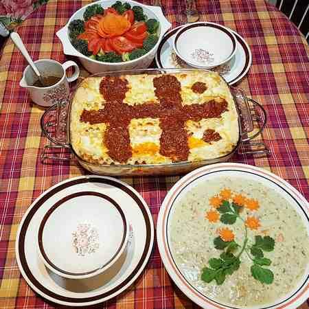 تزیین سوپ با سبزیجات