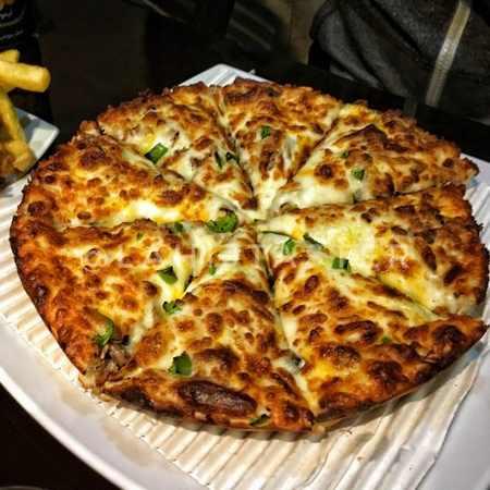 طرز تهیه پیتزا بدون فر با خمیر آماده