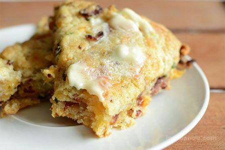 طرز تهیه کیک مرغ پنیری (اسکون مرغ)