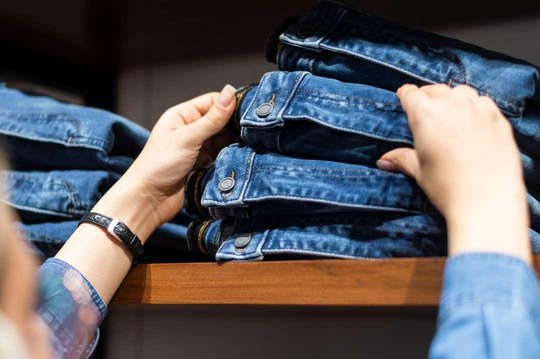 شناخت انواع پارچه های کاربردی در لباس و پوشاک
